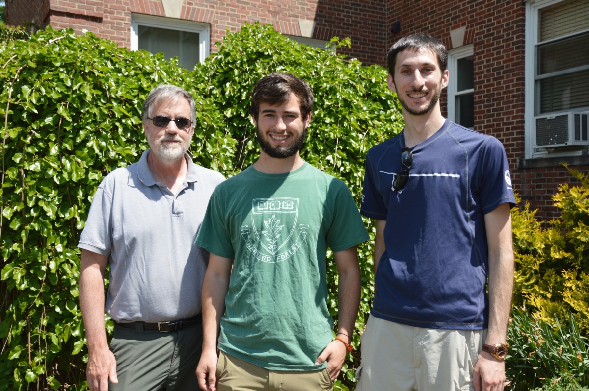 Forrest Lewis (center) with research mentor Evan Goldman (right) and supervisor J. William Munger (left).