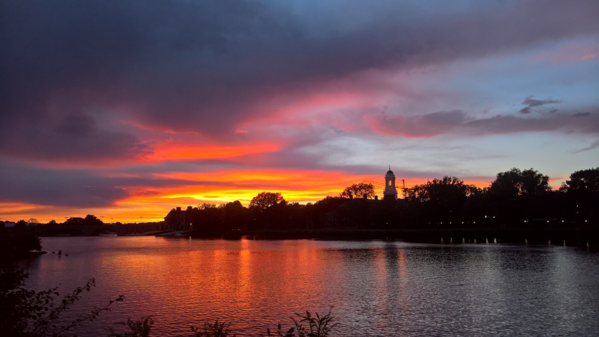 The Charles River, Cambridge. Photo by Martin Greenup